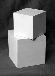 Композиция из двух кубов